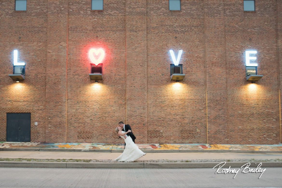 Wedding Venue Wednesday – American Visionary Art Museum