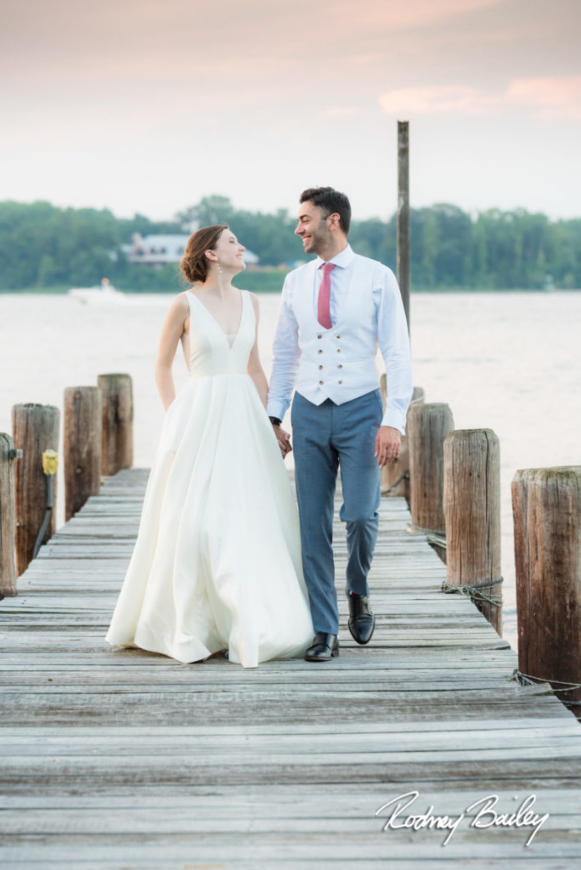 A Simply Perfect Wedding Day | Take an Evening Stroll