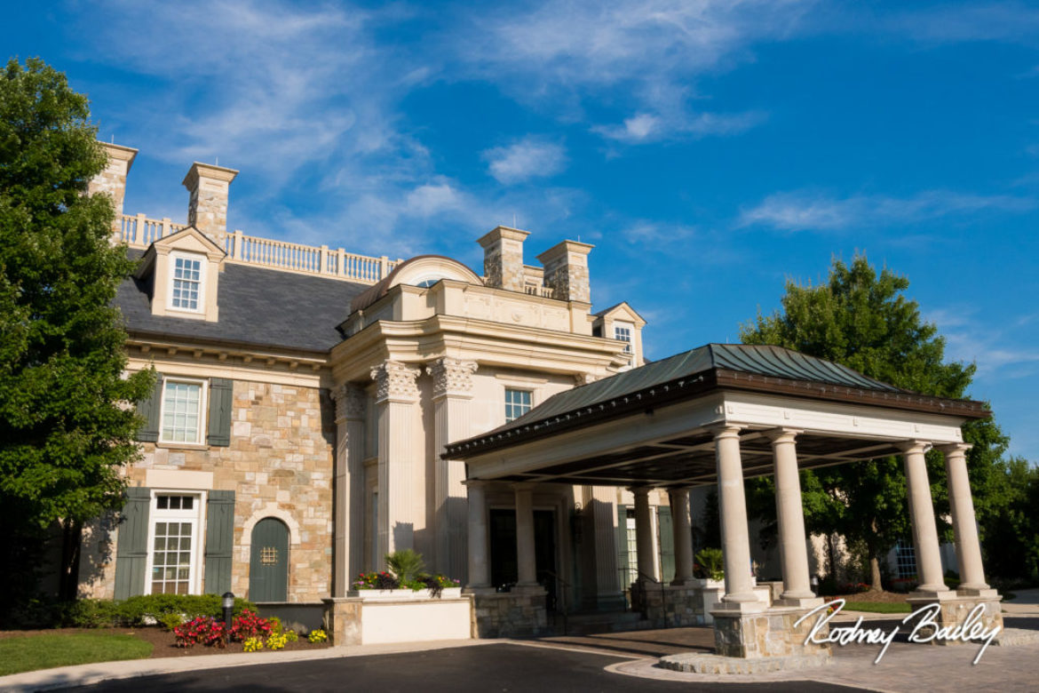 Venue Feature: Belle Haven Country Club | Wedding Photographers Alexandria Virginia